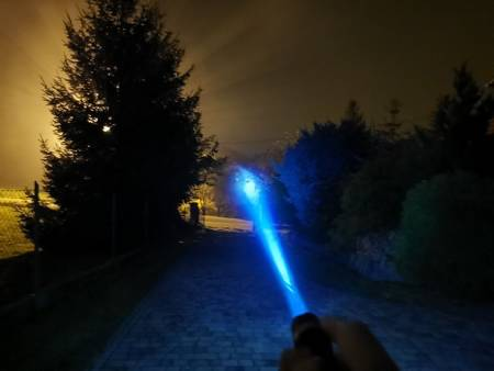 Latarka Policyjna SWAT - CREE XM-L T6 - ZOOM