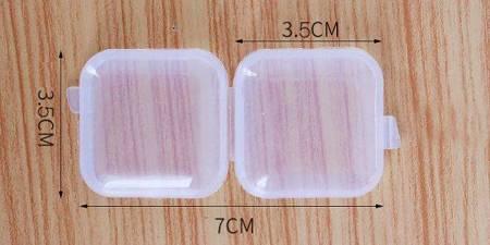 Organizer - Plastikowe pudełeczko 35x35x18mm - zamykany pojemniczek